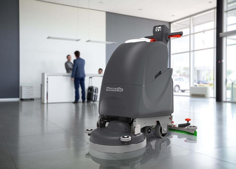 自動洗地機TT4045